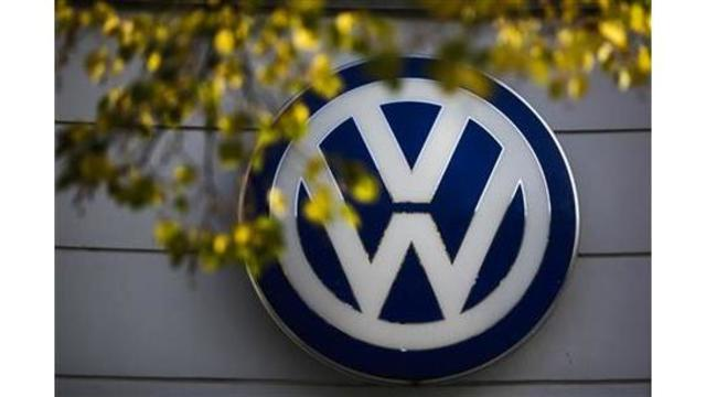 Volkswagen will buy back new diesel cars if German bans them