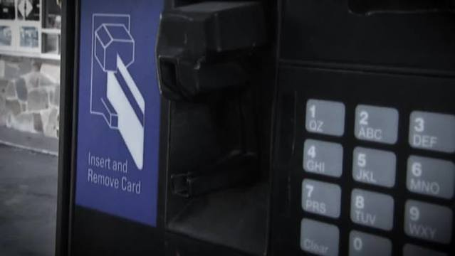 Thieves using Bluetooth devices at gas pumps to steal your data