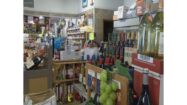 Tennessee Legislature OKs 7-day liquor sales bill; now up to governor