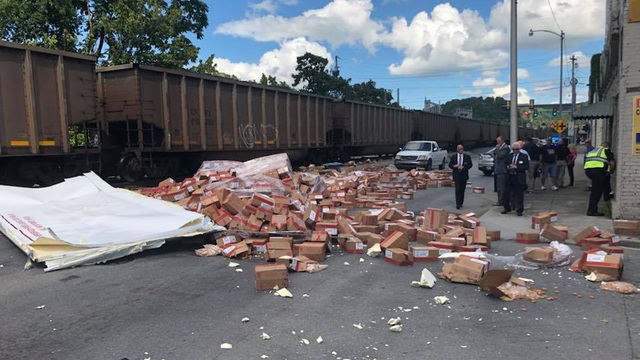Train strikes chicken nugget truck in Newport, TN