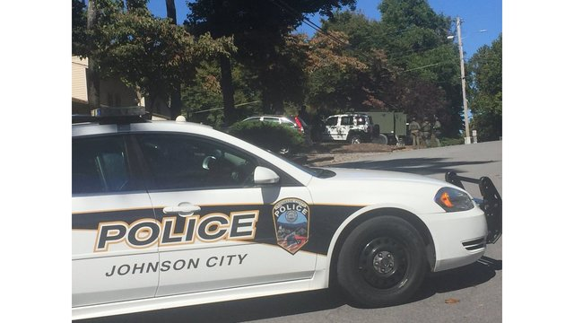 Large police presence at the scene of Johnson City apartment complex