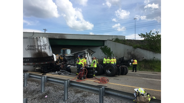 TDOT: Lanes reopen hours after semi truck goes off I-81